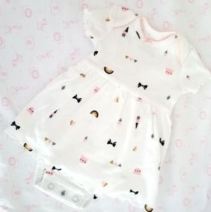 Almost New condition, Carters onesie dress
